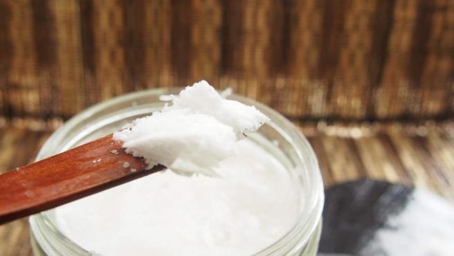 ¿Aceite de coco para hidratar el cabello? Beneficios y cómo se usa